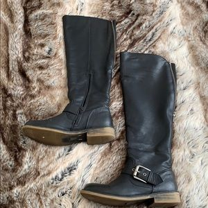 Black Aldo leather boots